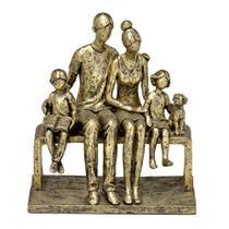 Escultura Decorativa em Resina Família Ouro Envelhecido - Mabruk