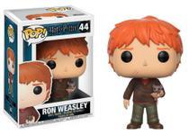 Estatueta Funko Pop! Movies Harry Potter S4 - Ron Weasley W/ Scabbers -