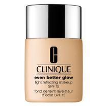 Even Better Glow Light Reflecting SPF15 Clinique - Base Facial -