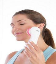 Facial Clean com 3 Acessórios Relaxbeauty Branco com Rosa -