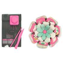 Ferramenta para Corte e Vinco Flores - We R Memory Keepers Flowers Punch Board - 71342-5 -