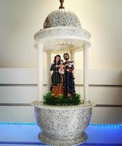 Fonte de água decorativa sagrada familia com luz - Armazem