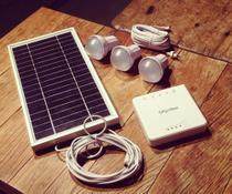 Gerador de Energia Solar Portátil (com bateria para carregar celular) Energy Station - Offgridsun