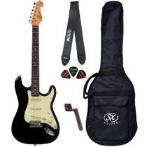 Guitarra Strato SX SST62 BK Preto Capa Correia Encordoador - Shelter