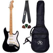 Guitarra Stratocaster SX SST57 BK Preta Com Bag Correia Capo - Shelter