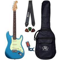 Guitarra Stratocaster SX SST62 Azul com Bag Correia Afinador - Shelter