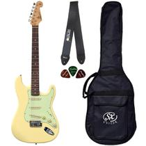 Guitarra Stratocaster SX SST62 VWH Branco + Palhetas + Capa + Correia - Shelter