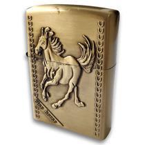 Isqueiro Tipo Zippo Medieval Cavalo Alto Relevo Vintage - Terra Garoa