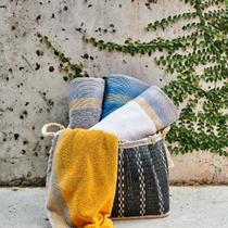 Jogo de toalha Lmpeter 02 Banho + 02 Rosto Grafik Felpuda -