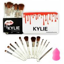 Kit 12 Pincéis Cerdas Macias Antialérgicas + Esponja Para Maquiagem Profissional - Kylie