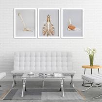 Kit 3 Quadros Decorativos Partes Anatômicas - Prego E Martelo
