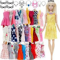 Kit 32 Peças, Roupas e Acessórios para Bonecas Barbie e outros modelo de 25 a 30cm estilo Barbies Magrelas - Import