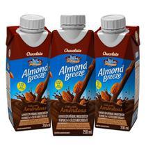 Kit Bebidas de Amêndoas Almond Breeze Chocolate 3x250ml - Blue Diamond