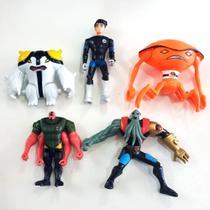 Kit bonecos ben 10 - 5 personagens -