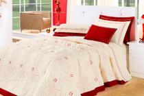 kit cobre leito belle quarto casal queen 05 peças 100% algodão  vermelho e palha - Aquarela
