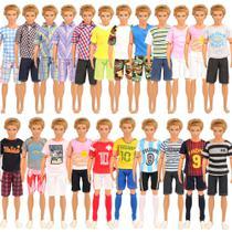 Kit com 5 Conjuntos De Roupas Para Boneco Ken namorado da Barbie - Não Repete - Sheilinha