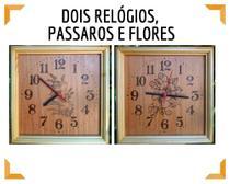Kit com dois Relógios de parede Pássaro e Flores de madeira feito a mão - Artesanal
