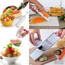 Kit Cortador para Legumes e Frutas 4 em 1  funções de Descascador Fatiador Mandoline e Boleador, Keita - 113009 -