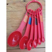 Kit de Colher Medida com 6 Unidades Vermelha -  Em Casa Tem - Emcasatem -