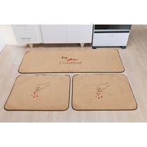 Kit de Tapetes para Cozinha 3 Peças com Detalhe Amo Cozinhar Bordado Base Antiderrapante e Pelúcia - Guga Tapetes