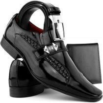 ba06fc0df1 Kit Sapato Social Masculino Couro Envernizado Cinto Carteira De Brinde -  Sapatofran