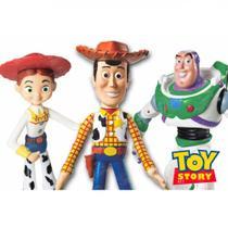 Kit Toystory com 3 Bonecos, Woody, Jessie e Buzz Lightyear, Vinil, Lider  Lider Brinquedos -