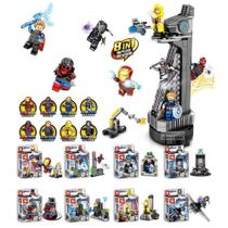 Kit Vingadores Torre dos Vingadores Blocos de Montar 8x bonecos Homem de Ferro Homem Aranha Capitão América Deadpool - Dlp