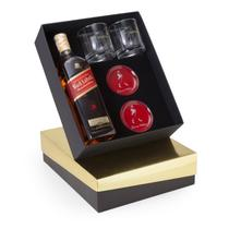 Kit Whisky Johnnie Walker Red Label 750ml + 2 copos e 2 porta copos - Shop quality