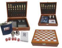 Kit Xadrez cartas de baralho dados e cantil em uma linda caixa organizadora em madeira tratada envernizada - L & L
