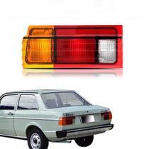 Lanterna traseira lente acrílico tricolor vw voyage quadrado 1984 até 1990  lado direito passageiro - Cofran