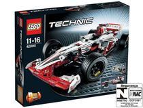 LEGO Friends Carro de Corrida do Grande Prêmio - 1141 Peças - 42000