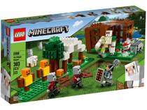 LEGO Minecraft The Pillager Outpost 303 Peças - 21159