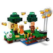 LEGO Minectaft A Fazenda das Abelhas 21165 - LEGO -