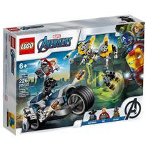 LEGO Super Heroes - Disney - Marvel - Avengers - Ataque dos Vingadores em Speeder Bike - 76142 -