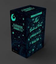 Livro - Box Clássicos que Brilham no Escuro: Alice, Contos de fadas, O Mágico de Oz e Peter Pan -