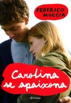 Livro - Carolina se apaixona -