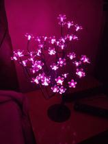 Luminária Árvore Flor De Cerejeira 48 Leds Abajur Bivolt Rosa - Coisaria