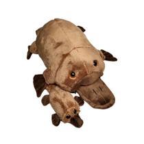 Mamãe Ornitorrinco de pelúcia c/ filhote - 41cm - Oba Oba Toys - Hello Toys