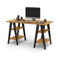 Mesa Escrivaninha Cavalete 1,35x0,66 Tampo 30mm 4 Prateleiras Freijo Pes Madeira Preto OFERTAMO -