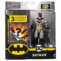 Mini Figura Articulada com Acessórios Surpresa - 9 Cm - DC Comics - Batman - Sunny -
