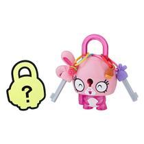 Mini Figura - Cadeado Surpresa - Lock Stars - Coelho Rosa - Hasbro -