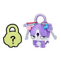 Mini Figura - Cadeado Surpresa - Lock Stars - Gato Roxo - Hasbro -