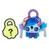 Mini Figura - Cadeado Surpresa - Lock Stars - Menina Alien Azul - Hasbro -