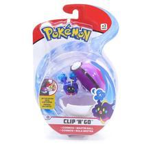Mini Figura Pokémon e Pokebola Com Clip - Cosmog e Bola Mestra - DTC -