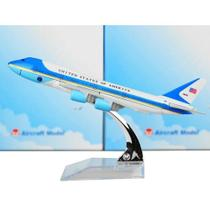 Miniatura Avião Metal Boeing Airbus 16x15 cm - Force One 747-200  WF-A16 - Oksn
