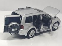 Miniatura carro mitsubishi pajero 1:32 abre 4 portas capo e malas acende farol - Jackienkim
