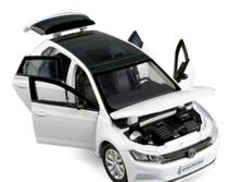 Miniatura carro vw new polo 1:32 abre 4 portas luz - Jackienkim