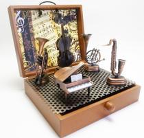Miniaturas decorativas de Instrumentos Musicais  e metal com  Contrabaixo - Captain Ship