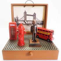 Miniaturas decorativas em metal Londres  com Guarda Real - Captain Ship