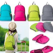 Mochila bolsa dobravel compacta impermeavel para escola, trabalho, passeio viagem e academia ajustável e bolsos verde kangur -